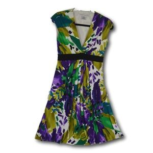 Maggie London Floral Sleeveless Dress Size: 4
